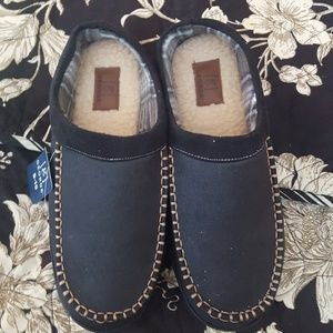 Mens slippers size 9-10